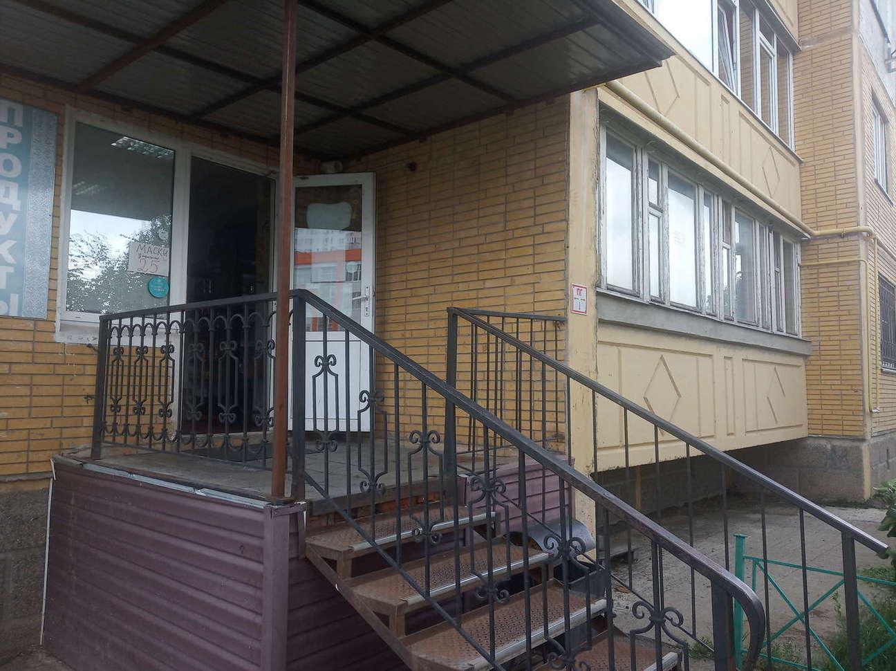 Курск, ул.Победы проспект, 1-этаж 9-этажного здания