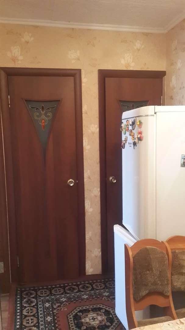 Комната на продажу по адресу Россия, Омская область, Омск, Лермонтова улица,дом 127