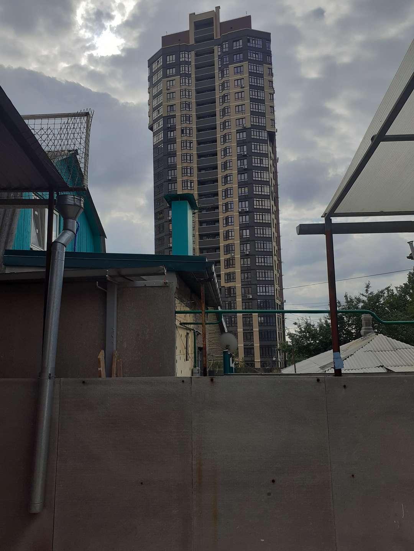 Часть Дома на продажу по адресу Россия, Ростовская область, Ростов-на-Дону, 33 Линия улица